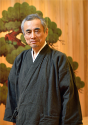能面作家 伊庭 貞一さんを訪ねて
